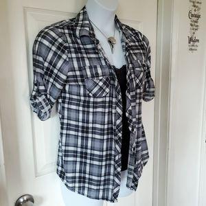Eden & Olivia Super Soft Plaid Button Up Shirt
